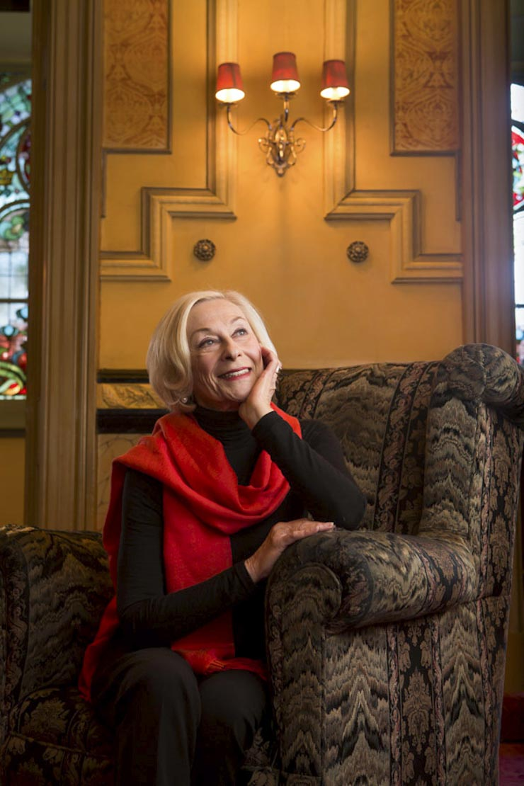 Noeline Brown inside Princess Theatre