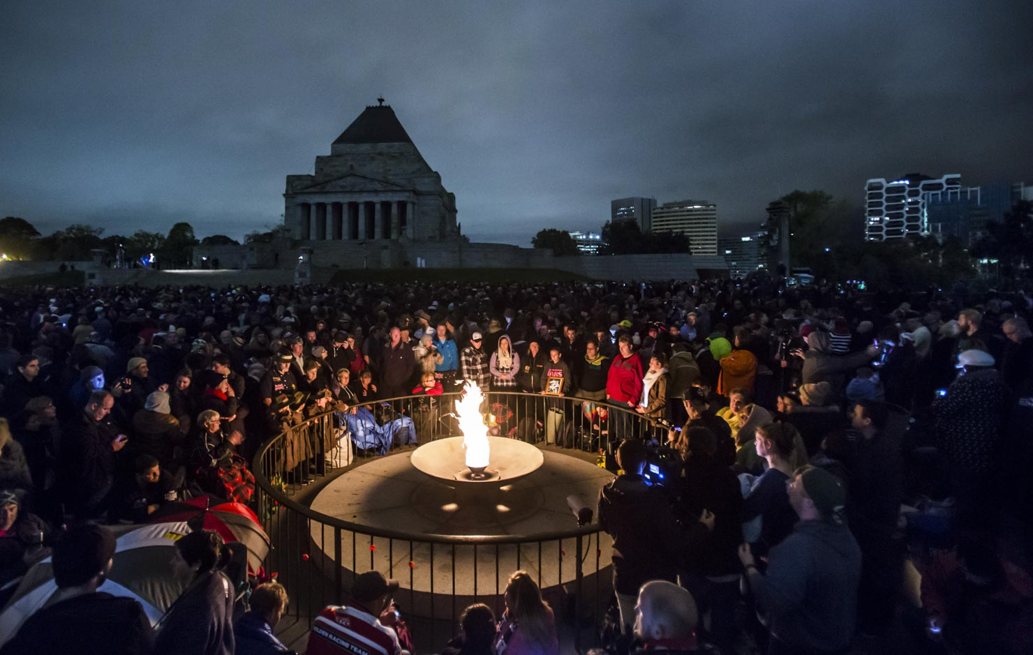 ANZAC Day Dawn Service at the Eternal Flame